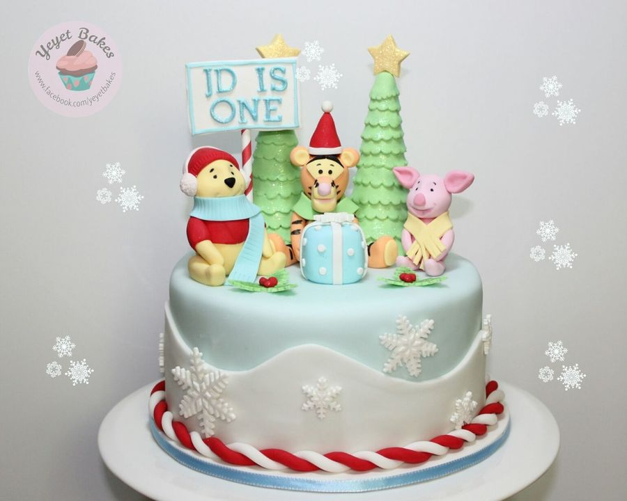 Christmas Birthday Cake.Tigger Christmas Theme Birthday Cake Cakecentral Com