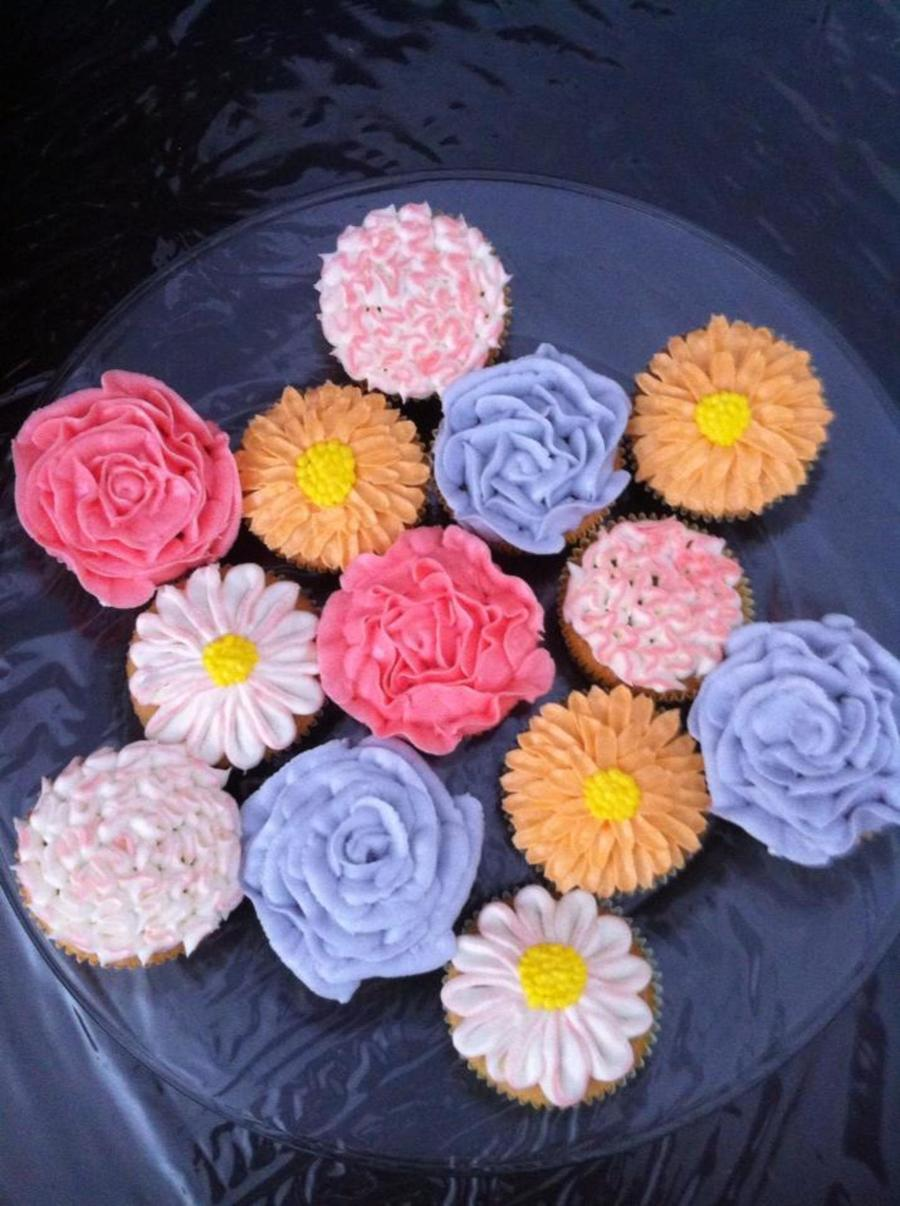 Floral Cupcakes Or Should I Say My First Attempt At Floral Cupcakes on Cake Central