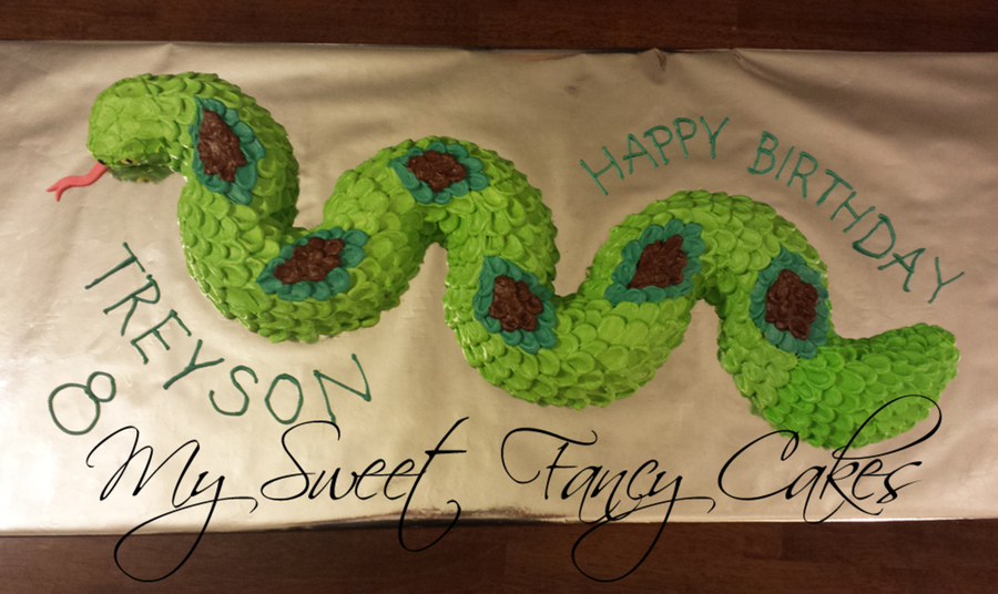Snake Cake With Buttercream Scales Cakecentral Com