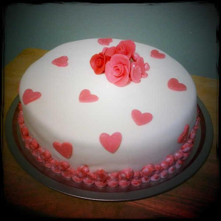 Valentines Day Roses & Hearts Cake- on Cake Central