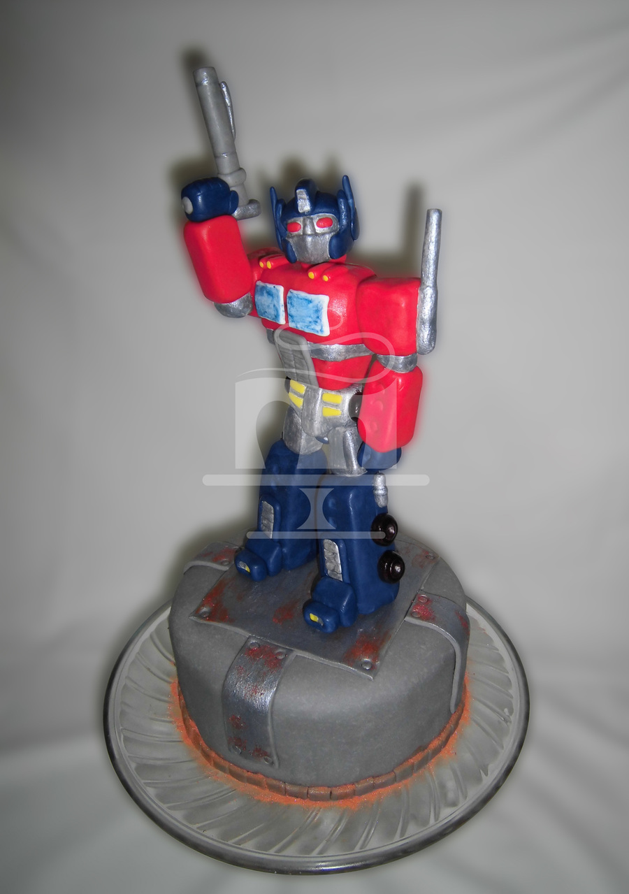 Transformers - Optimus Prime  on Cake Central
