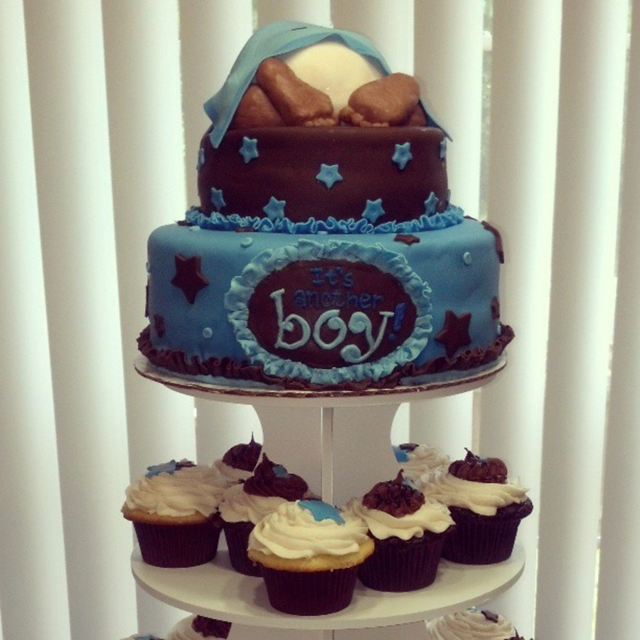 Cake With Cupcakes On Top : Baby Shower Cupcake Tower With Two Tier Cake On Top ...