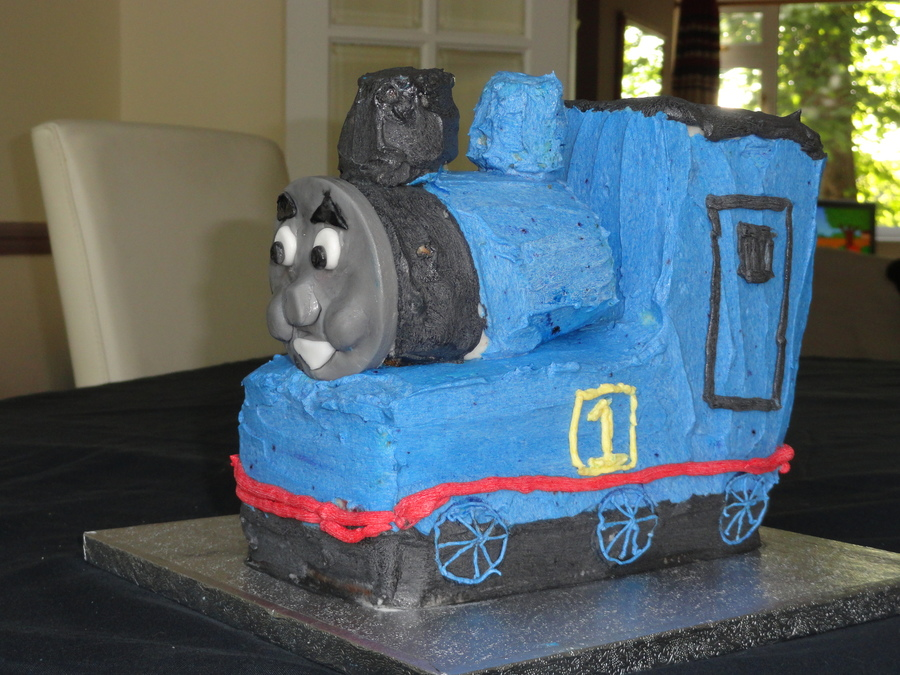 Thomas The Tank Engine Cake on Cake Central
