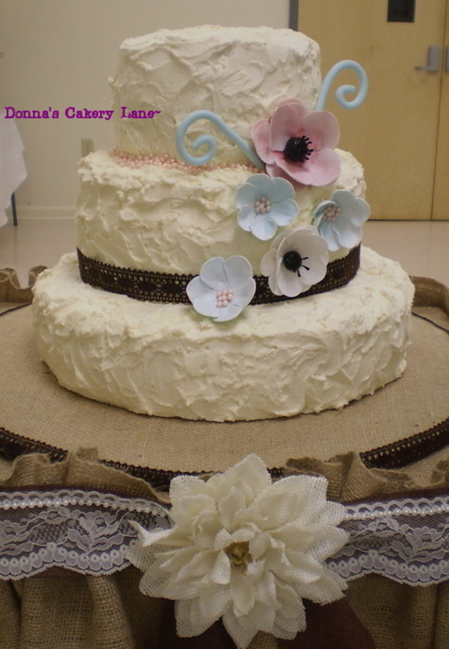 Rustic Country Chic Bridal Shower Cake Layers Red Velvet W Cream Cheese Chocolate Cookies And Filling White