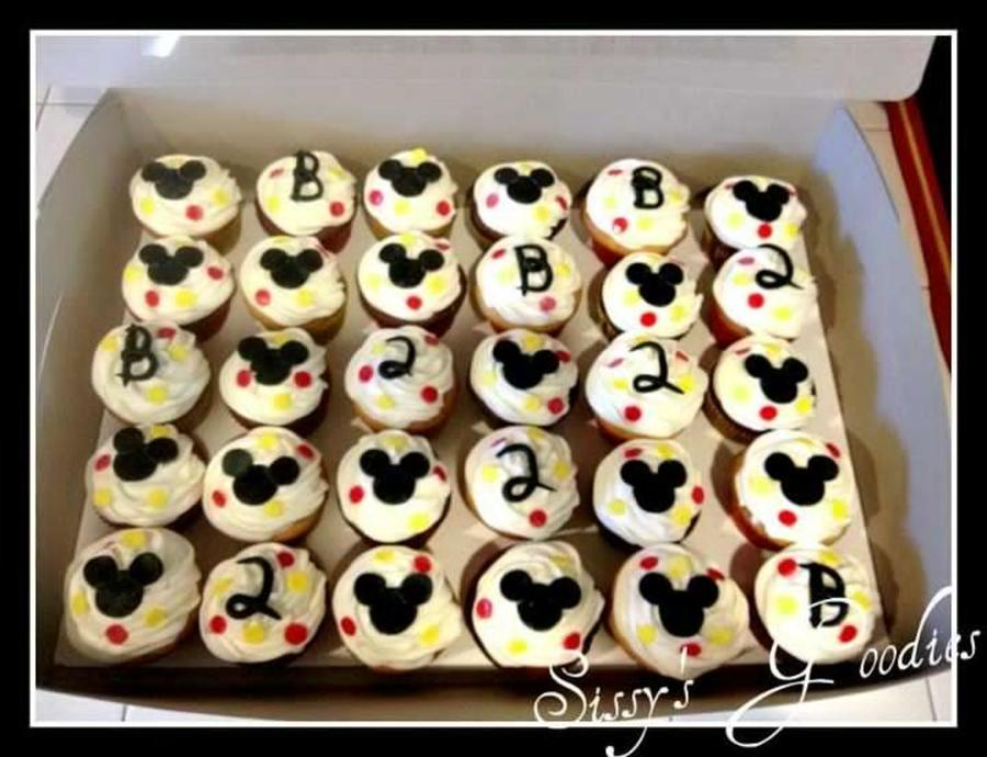 Mickey Mouse Cupcakes! on Cake Central
