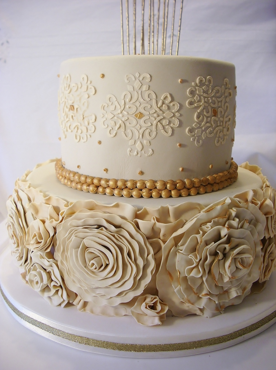Two Tier Cake With Ruffle Roses And Golden Pearls For ...