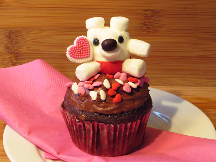 Valentine's Marshmallow Mini Bear By Sparked Ideas on Cake Central