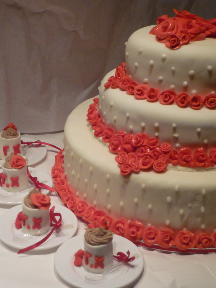 Wedding Cake With Red Roses on Cake Central