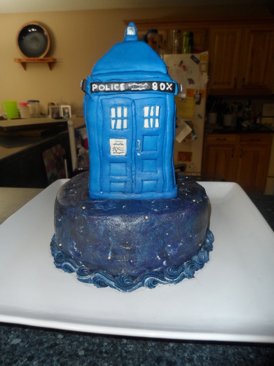 Tardis Cake For My Husbands 40Th Birthday on Cake Central