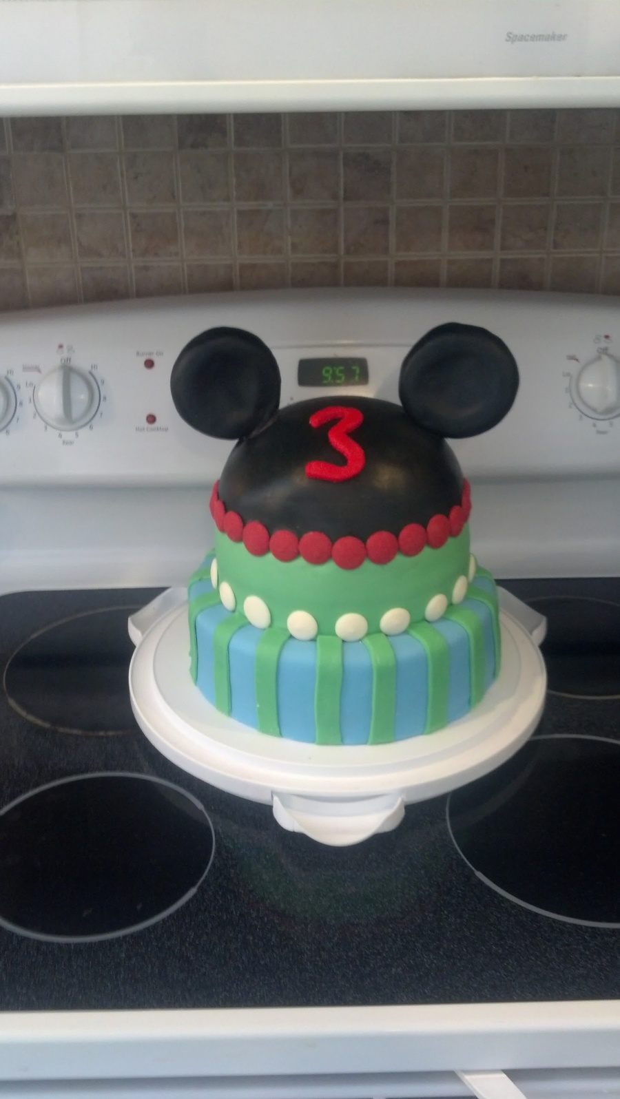 Mickeycake on Cake Central
