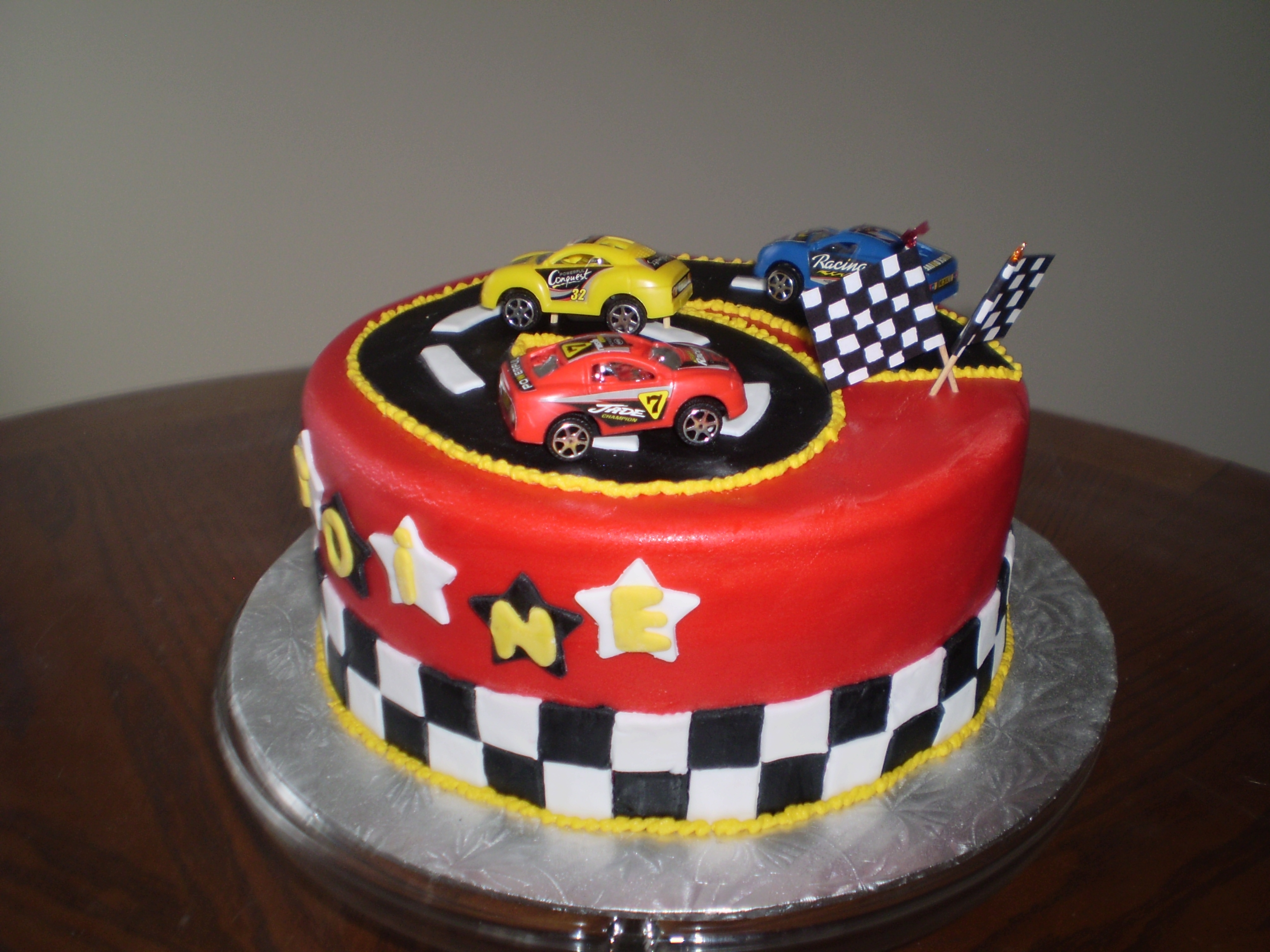 I made this race car cake for my nephew 6th birthday cakecentral i made this race car cake for my nephew 6th birthday baditri Choice Image