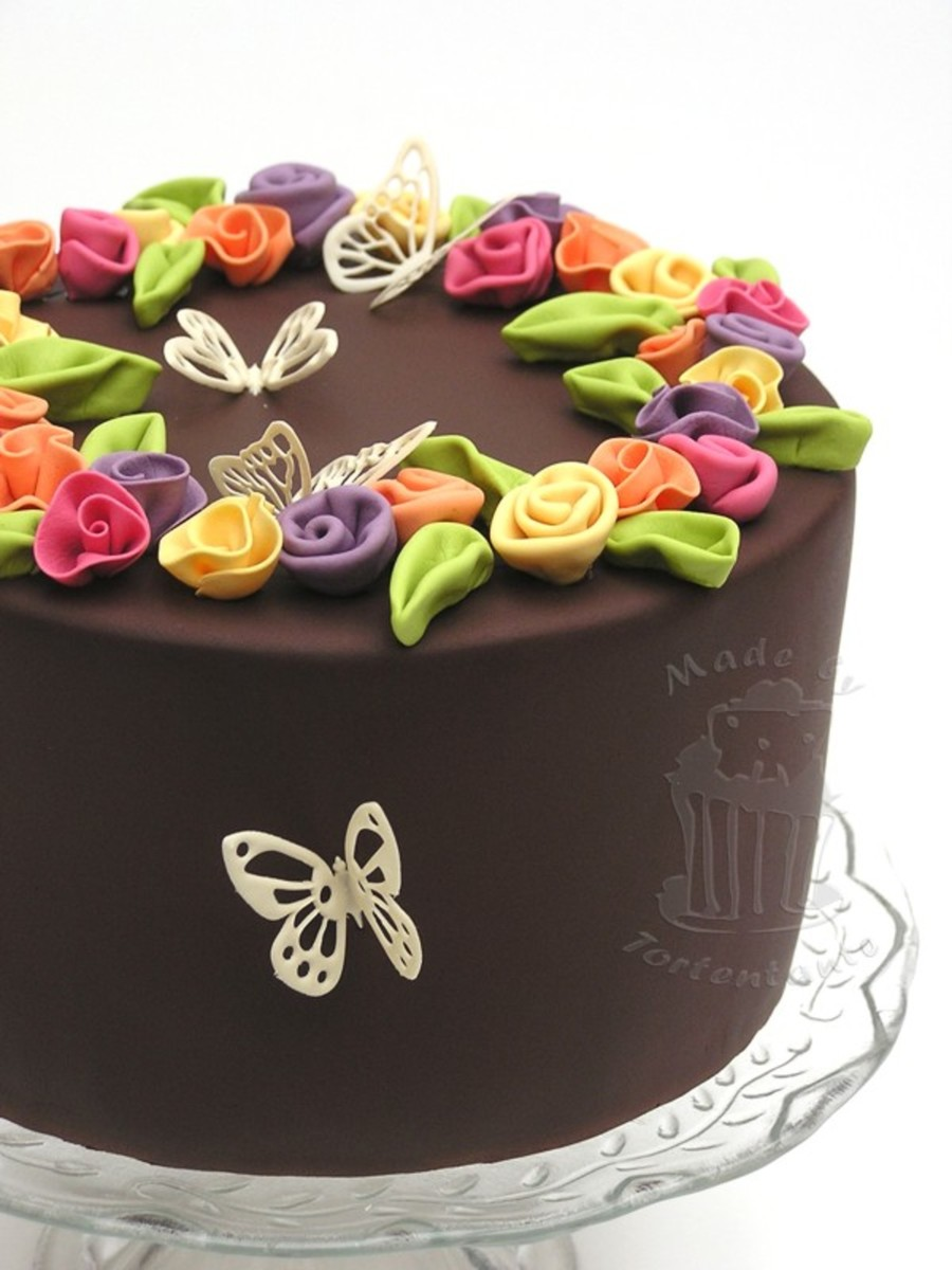 Ribbon Roses And Butterflies on Cake Central