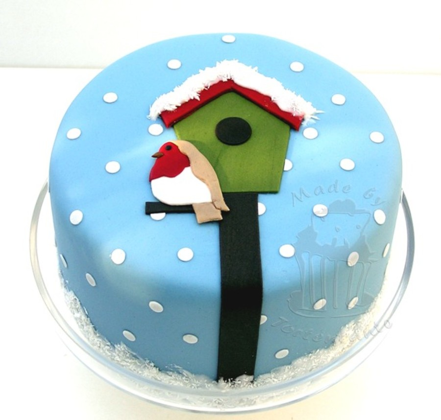 Little Robin In Winter on Cake Central