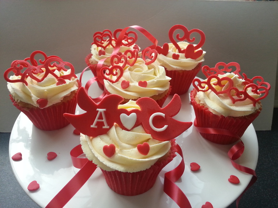 Valentines Cupcakes on Cake Central