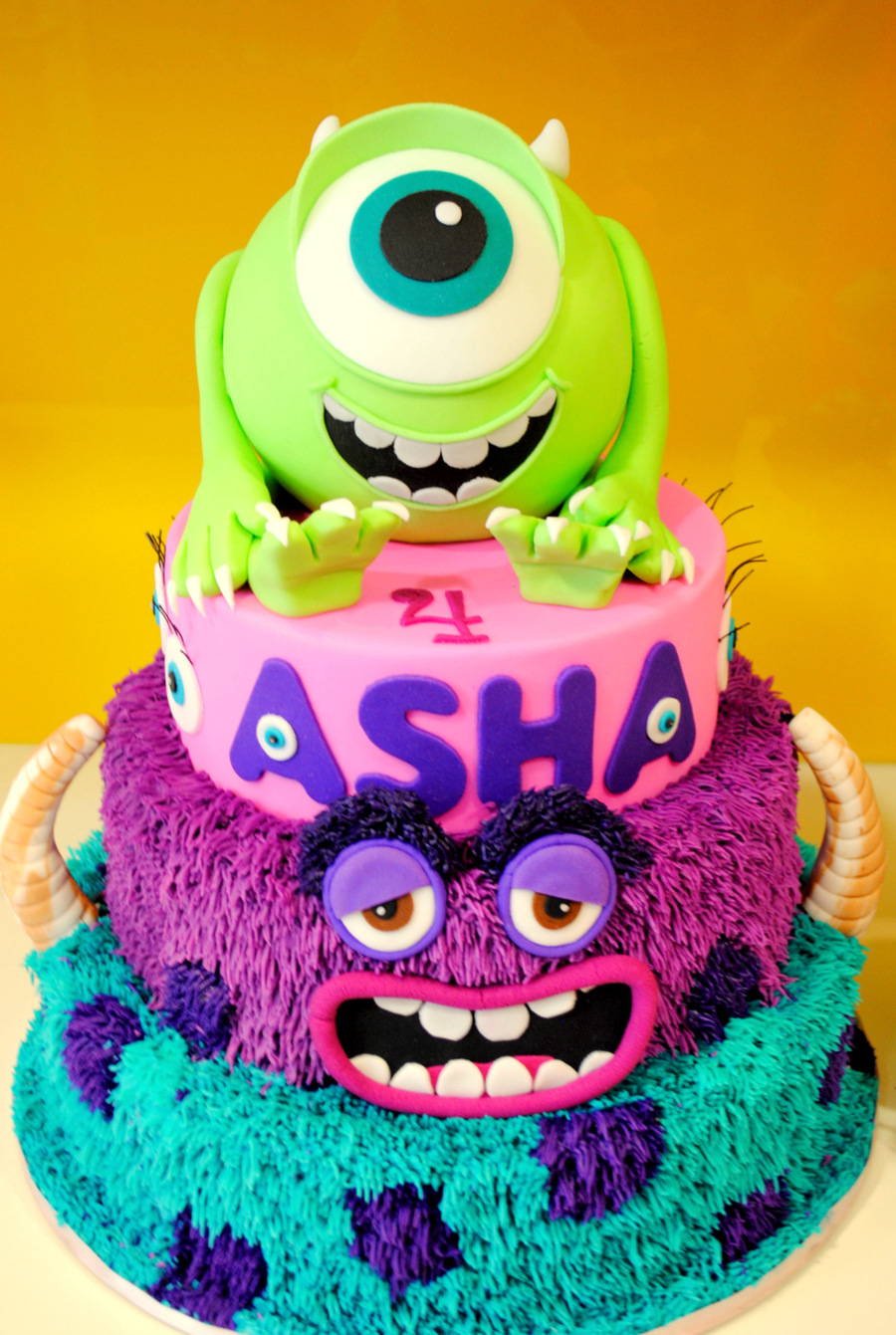 Monsters Inc - Monsters University Cake - CakeCentral.com