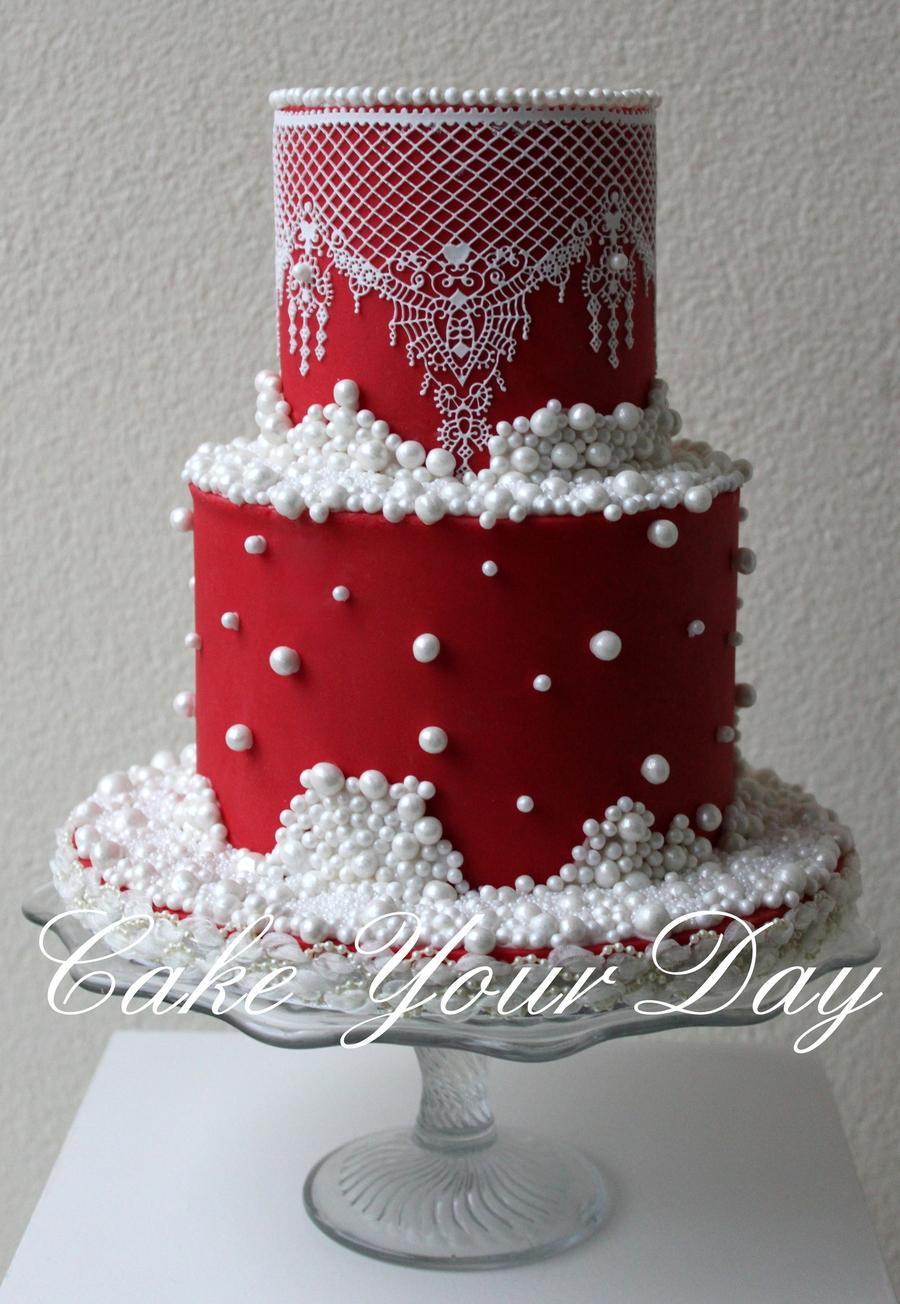 Maroon Themed Wedding Cake