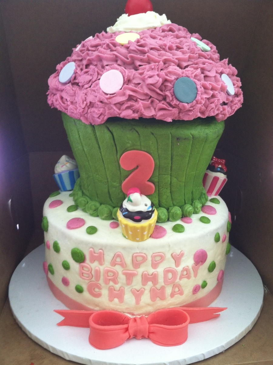 Birthday Cake For A 2 Year Old Buttercream Frosting Decorations