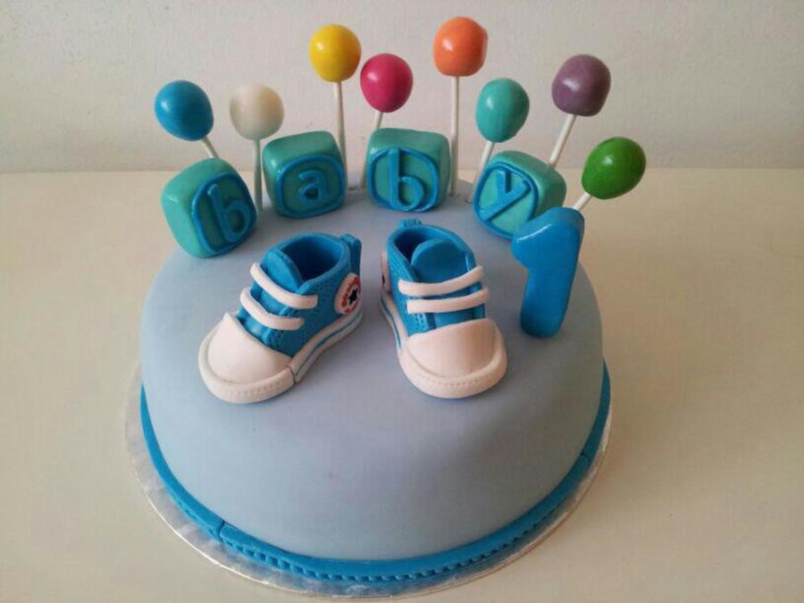 Bday Cake Designs For Baby Boy : Birthday Cake For A 1 Year Old Baby Boy - CakeCentral.com