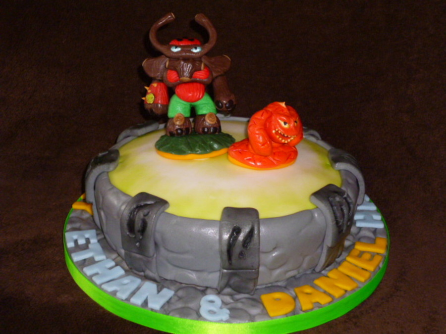 Pleasant Skylanders Giants Portal Of Power With Tree Rex And Eruptor Personalised Birthday Cards Veneteletsinfo