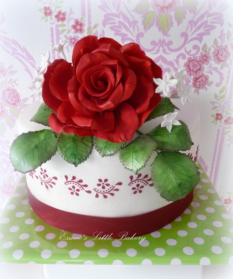 Red Rose Birthday Cake - CakeCentral.com