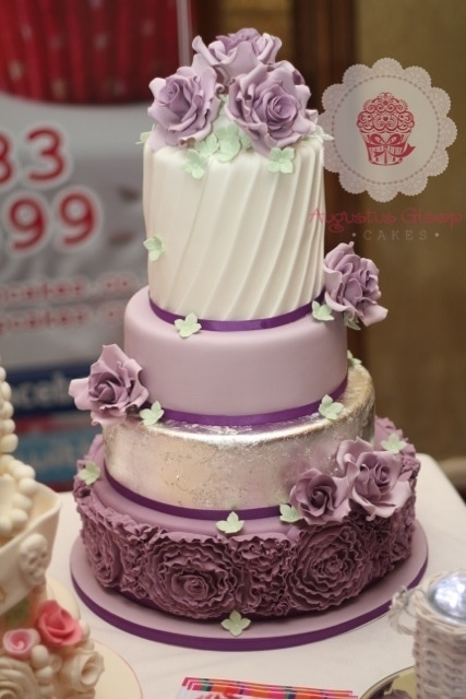 How To Use Edible Silver Leaf On Cakes