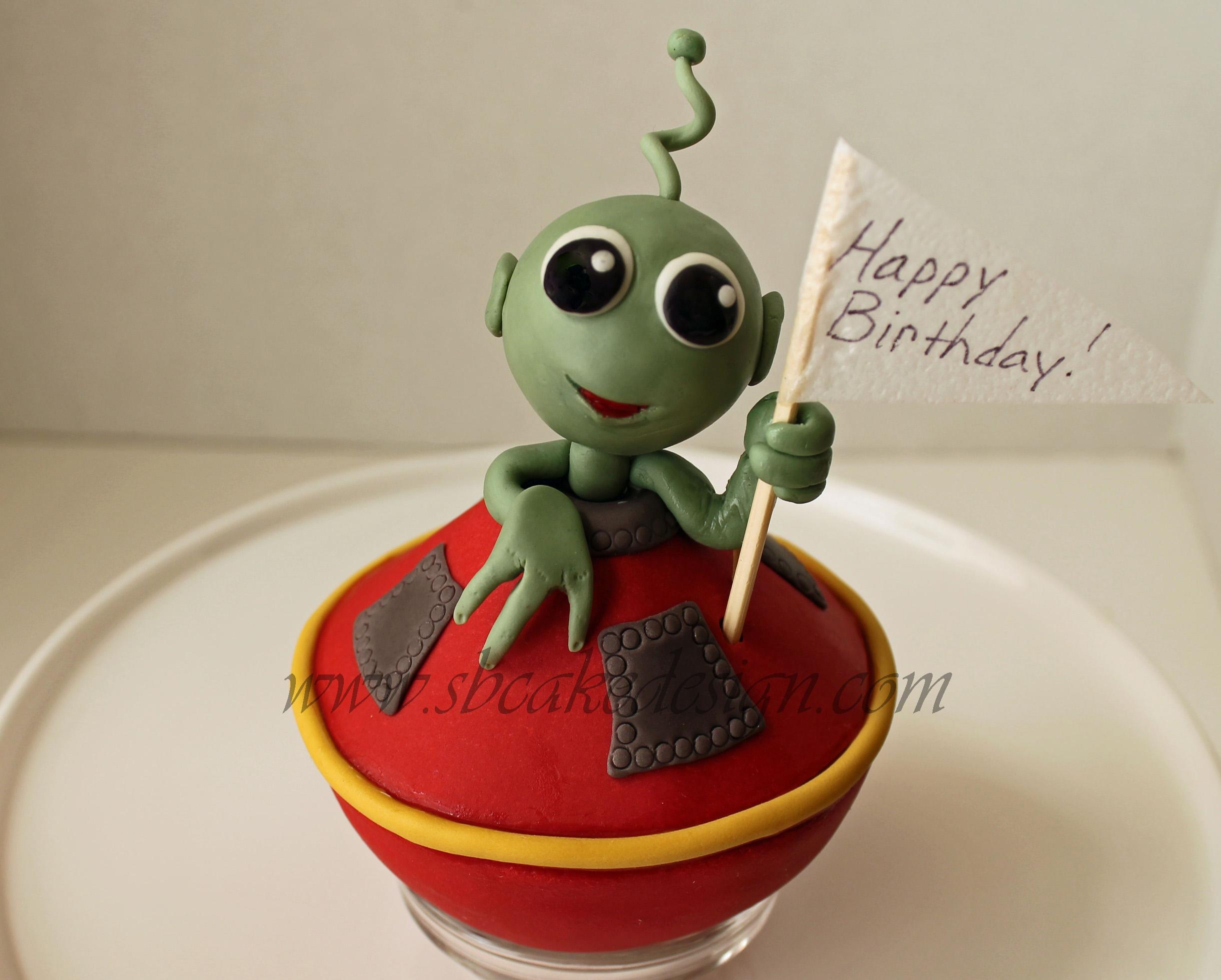 Swell Alien Birthday Cake Cakecentral Com Funny Birthday Cards Online Elaedamsfinfo