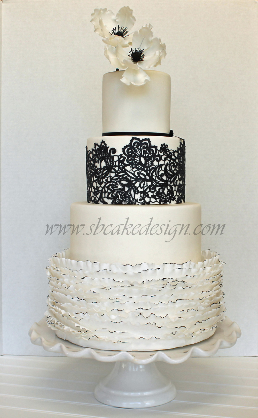 white wedding cakes black and white wedding cake cakecentral 27382
