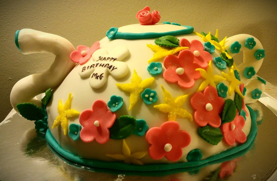 A Birthday Cake For A Tea Lover Cakecentral