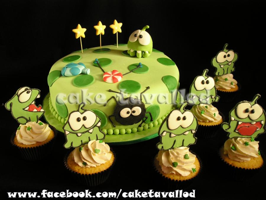 Birthday Cake Om Nom