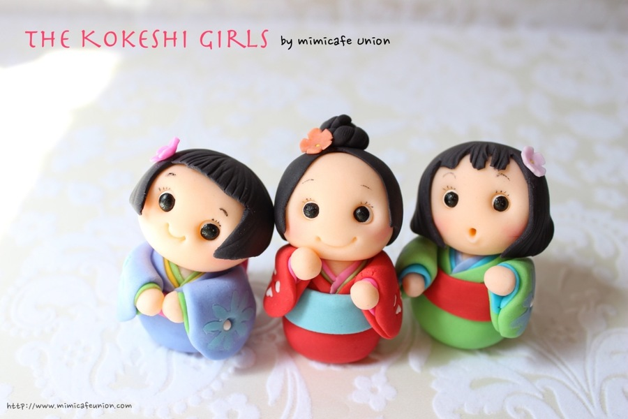 Kokeshi Girls Fondant Cupcake Toppers on Cake Central