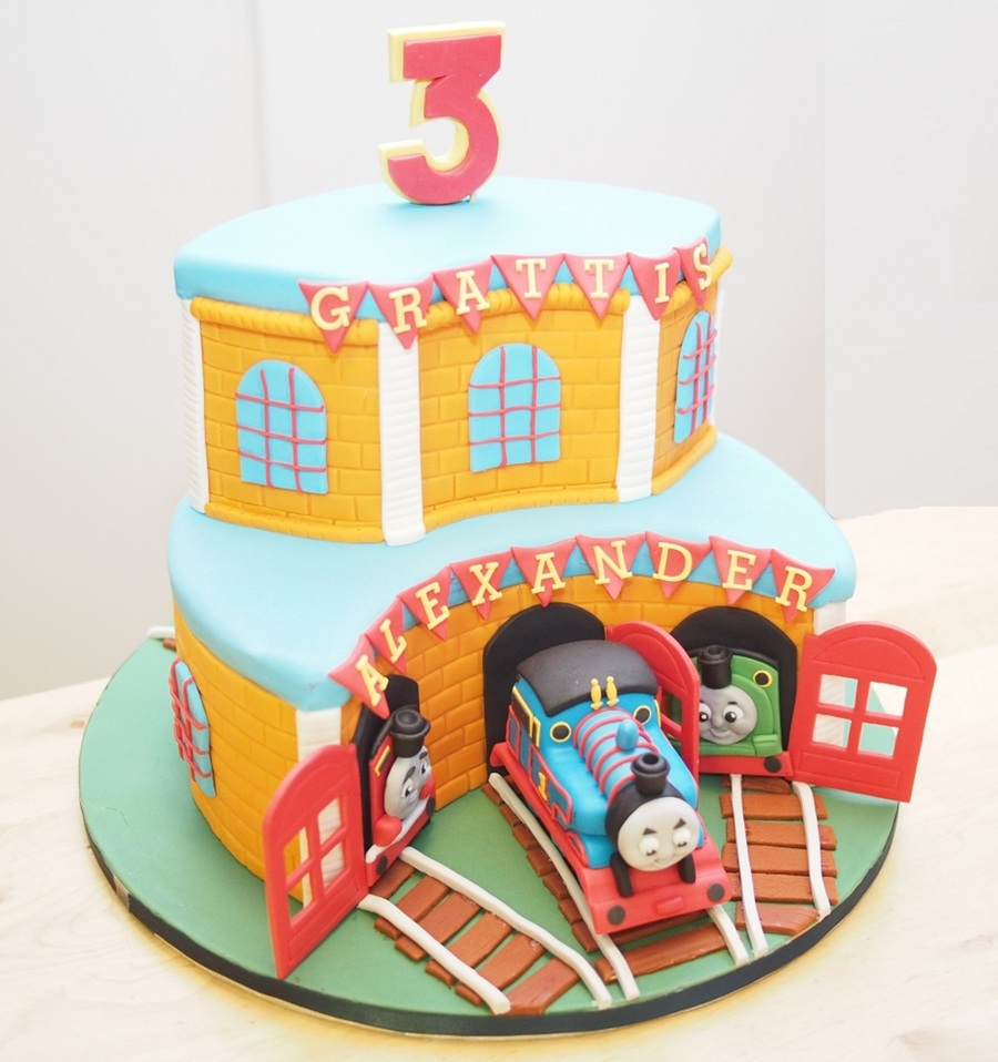 My First Ever Thomas The Train Cake Made For My Sons 3rd