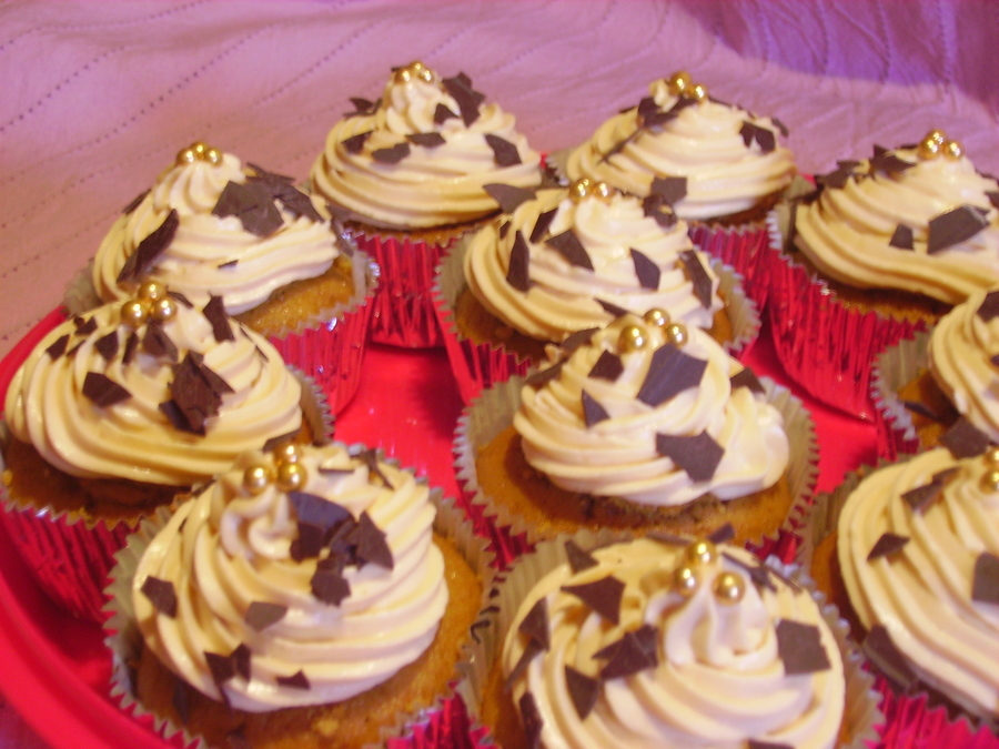 Toffee Cupcakes on Cake Central