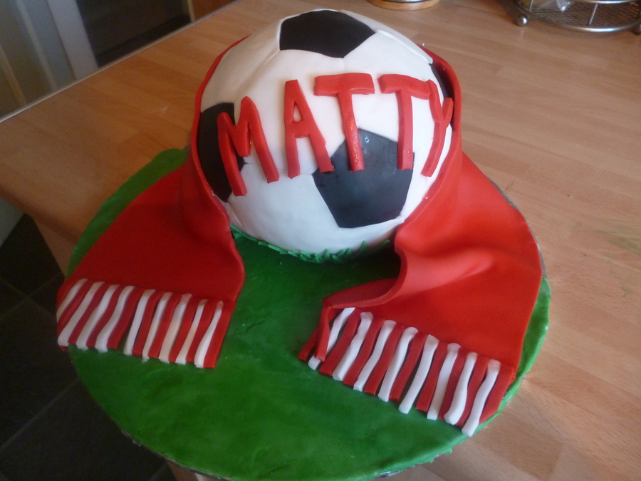 My 1St Go At A Football Cake on Cake Central