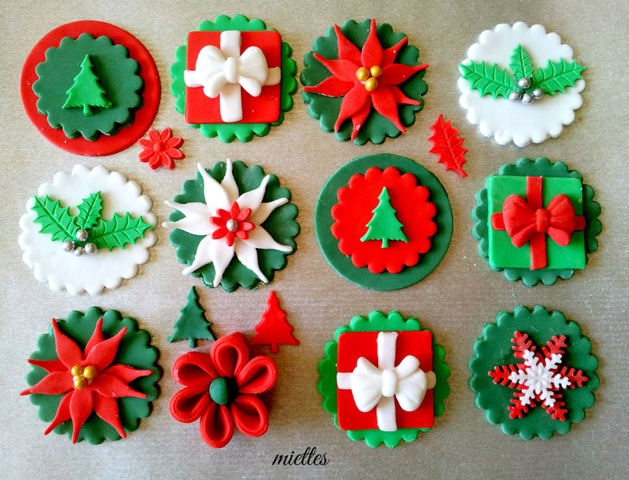 Traditional Christmas Cupcake Toppers on Cake Central