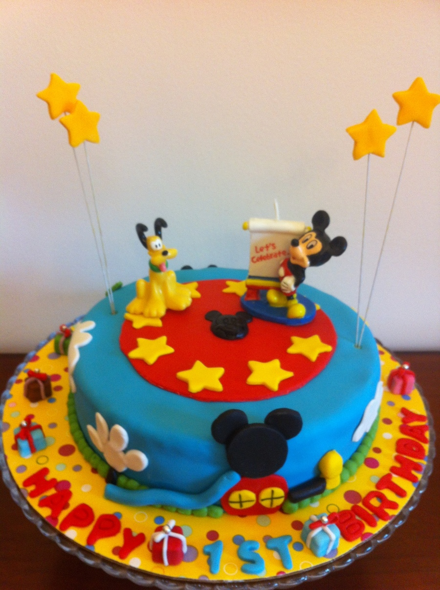 Mickey Mouse Cakedesign Given By Client Cakecentral Com