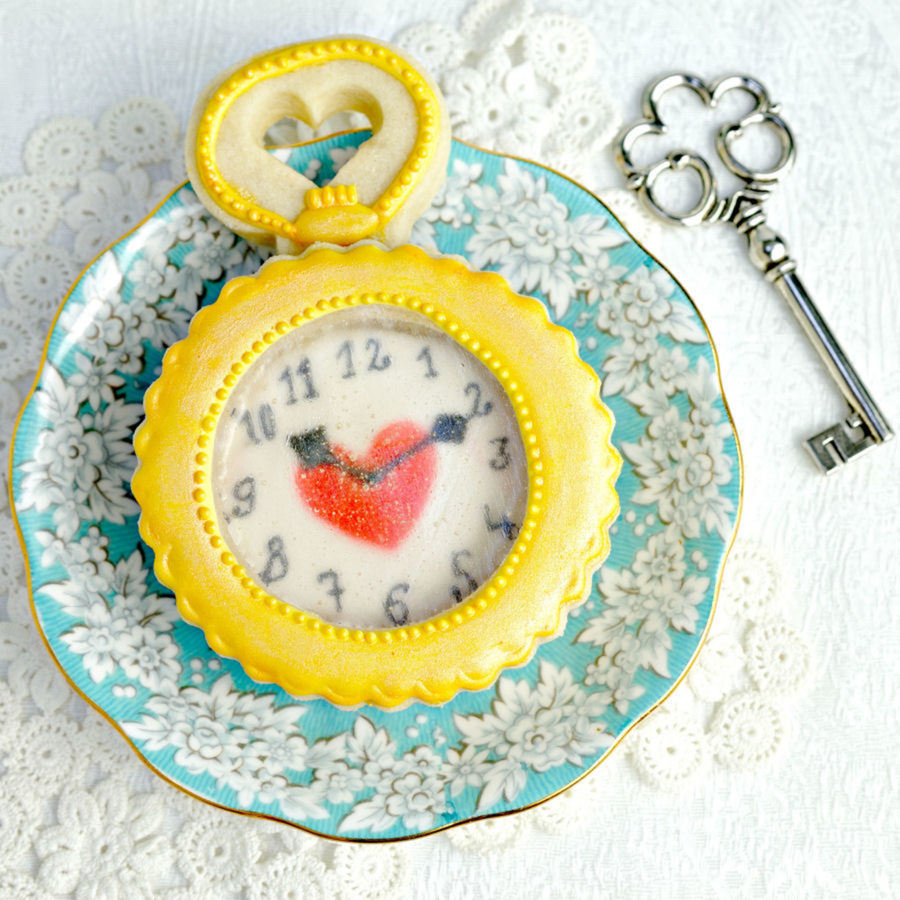 Alice In Wonderland Pocket Watch Cookie on Cake Central