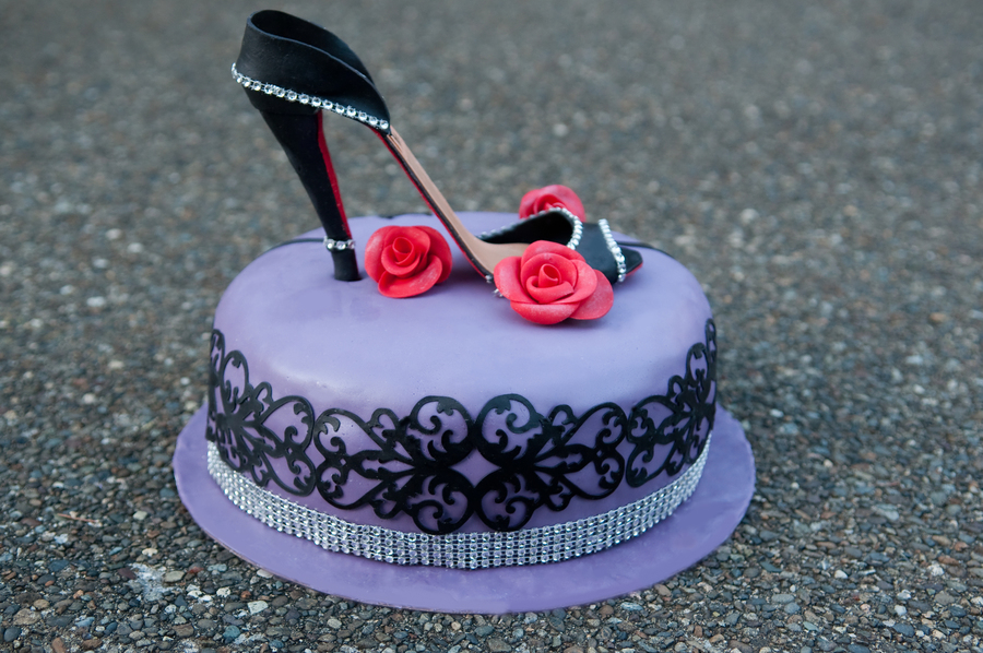 how to make a high heel shoe cake