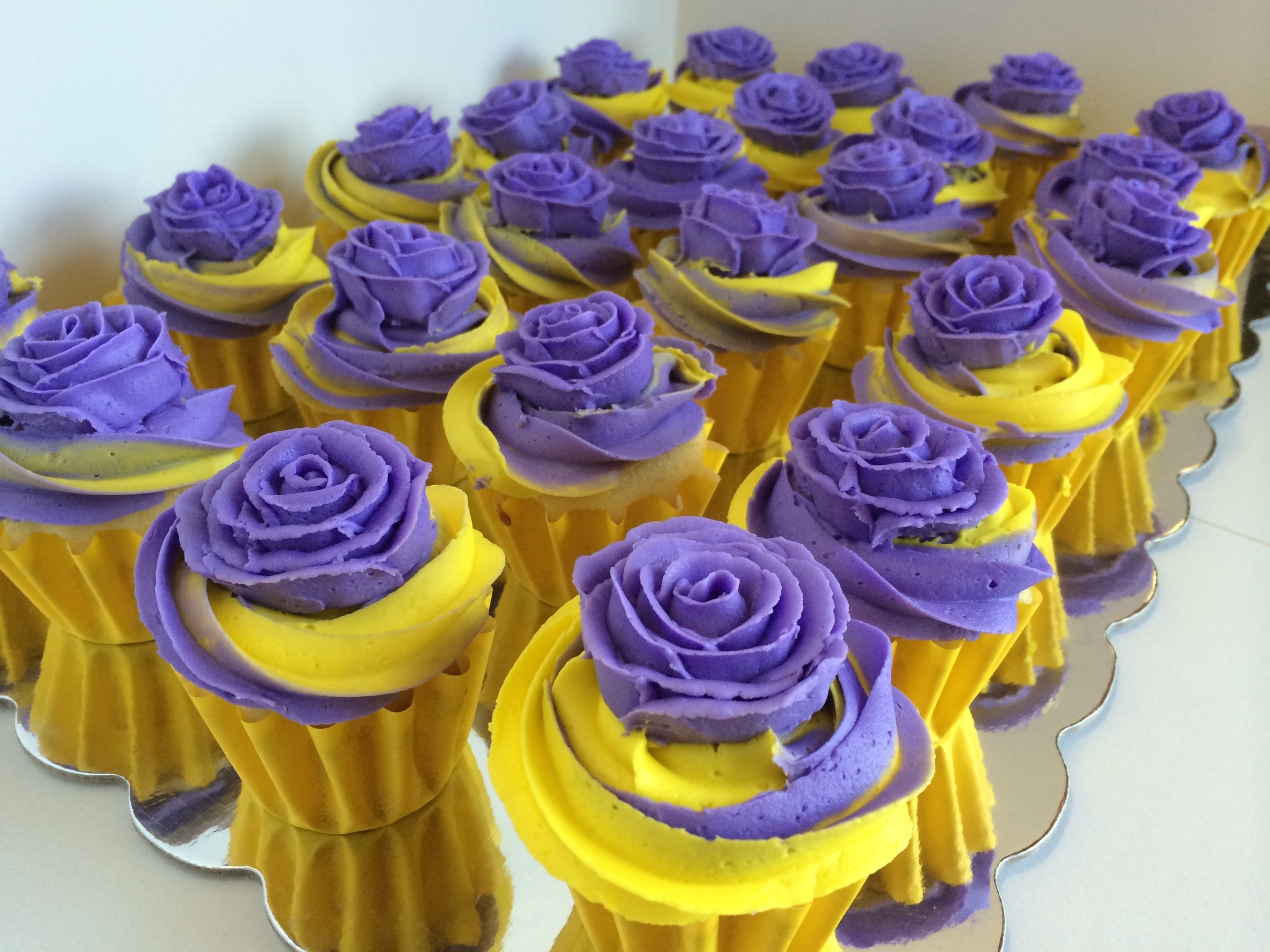 Purple And Yellow Two Tone Swirl Cupcakes Cakecentral Com