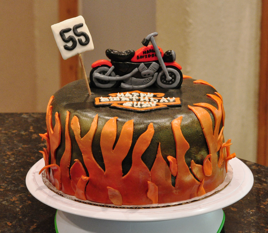 Fabulous Harley Motorcycle Birthday Cake Cakecentral Com Funny Birthday Cards Online Alyptdamsfinfo