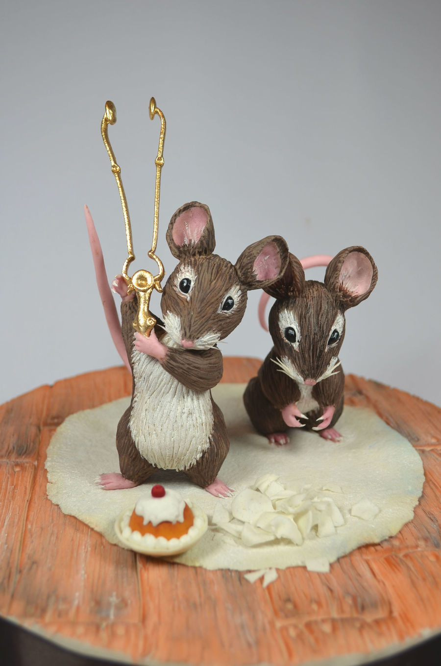 Two Bed Mice on Cake Central