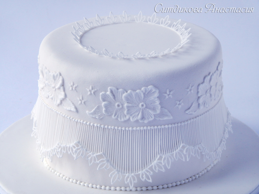Royal Icing Embroidery Extension Work on Cake Central