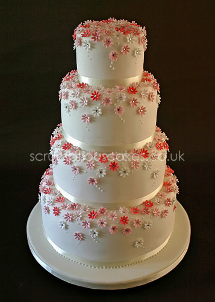 Daisy Diamante Wedding Cake On Central