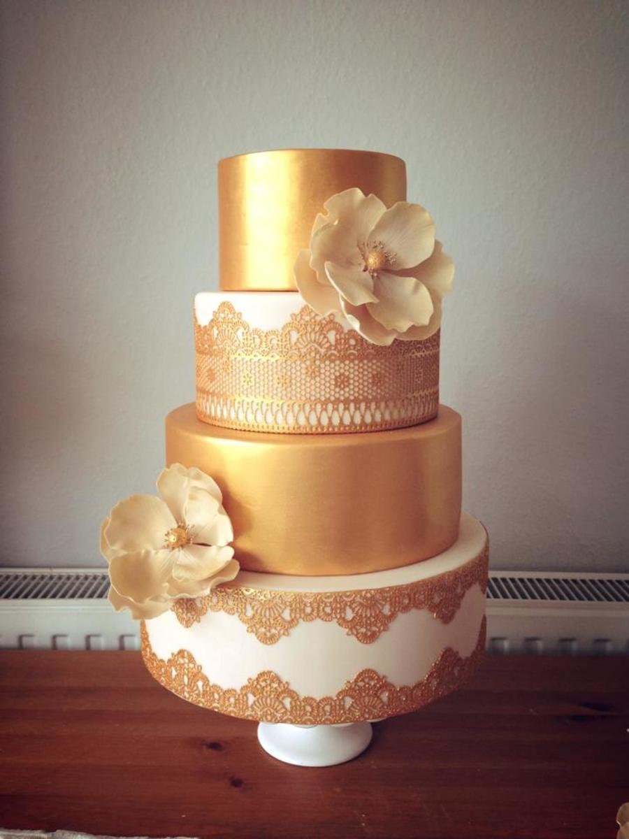 Gold Amp Lace Cake Cakecentral Com