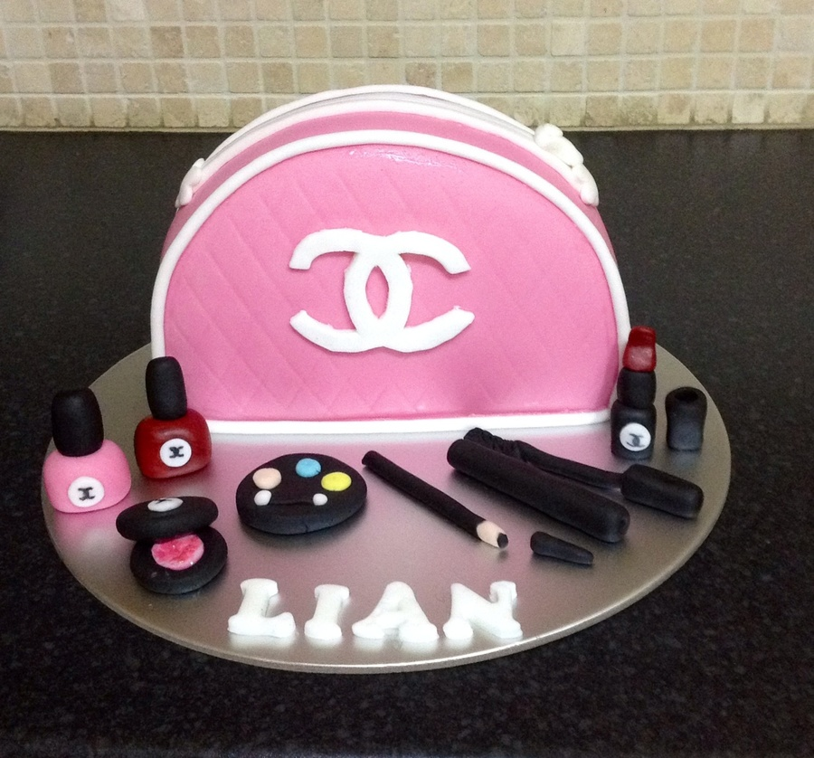 Chanel Make Up Bag And Make Up Cake For My Niece Cakecentral