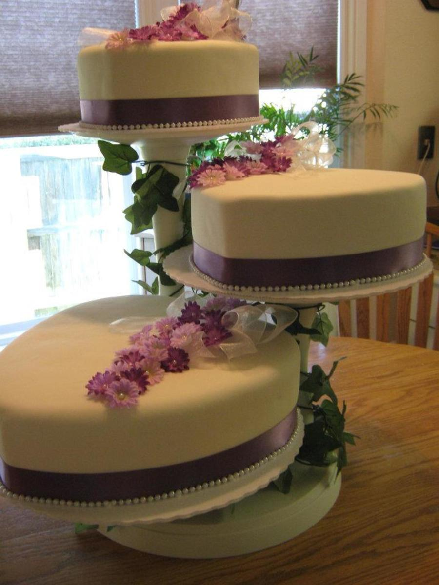 heart shaped wedding cakes with flowers shaped fondant wedding cake with silk flowers 15168