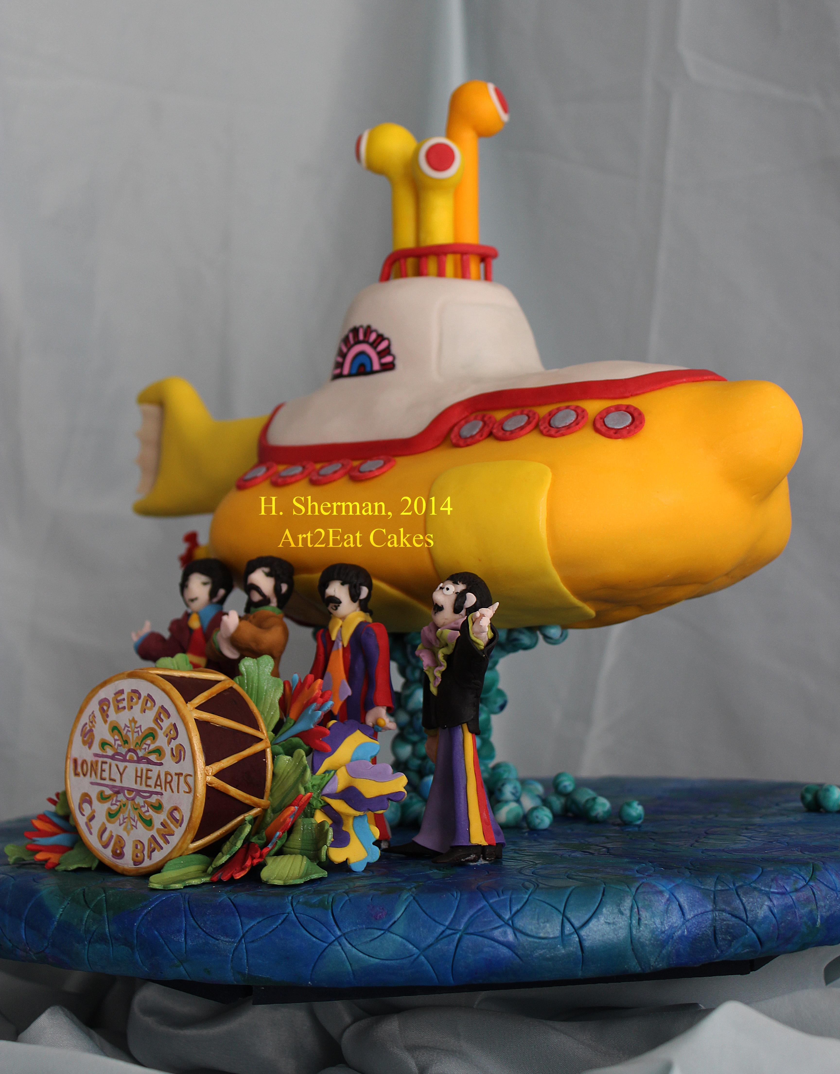 Cake Yellow Submarine