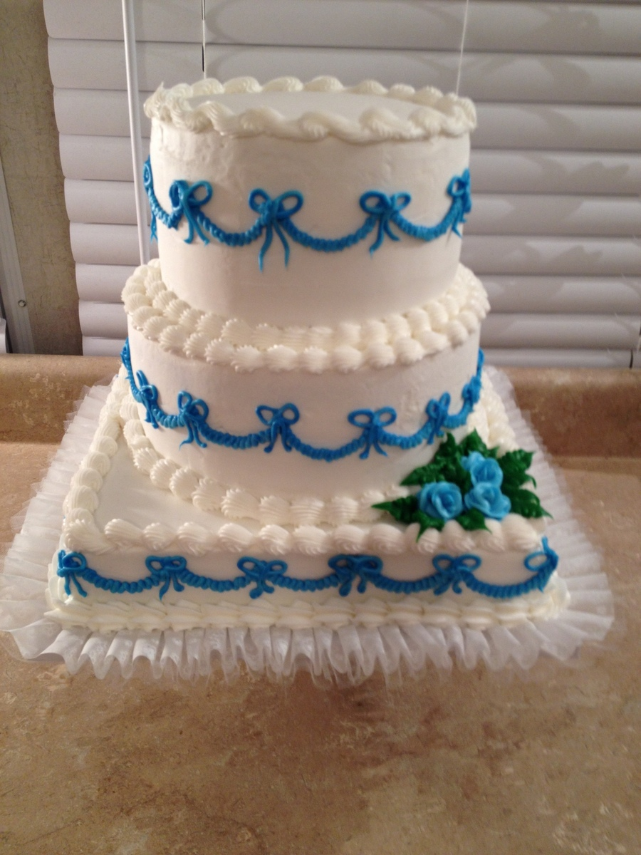 White And Blue on Cake Central