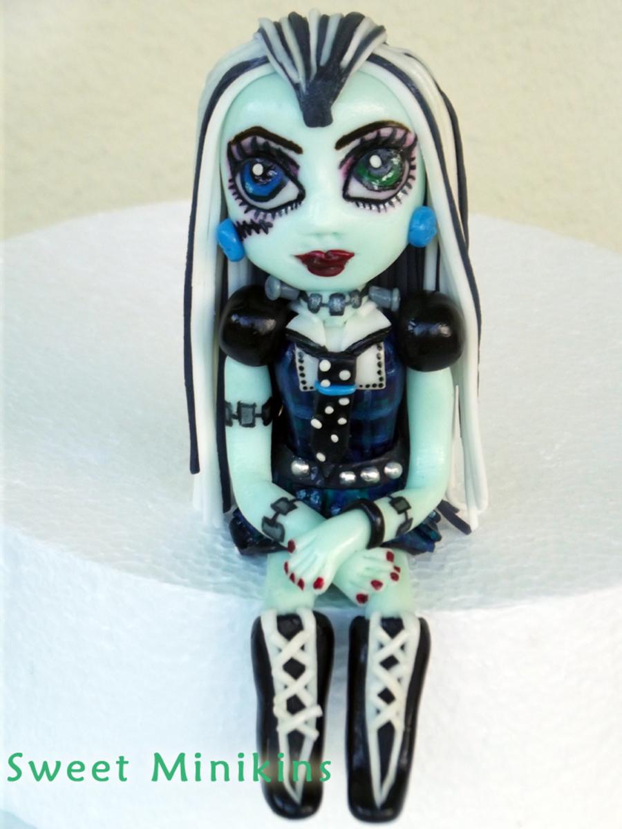 Monster High Frankie Cake Topper