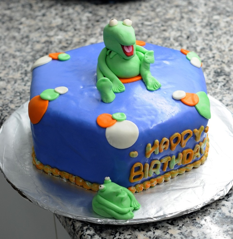 Enjoyable Kermit Birthday Cake Cakecentral Com Funny Birthday Cards Online Sheoxdamsfinfo