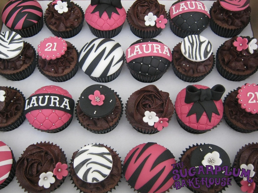 Glam Hot Pink And Black Cupcakes Cakecentral Com